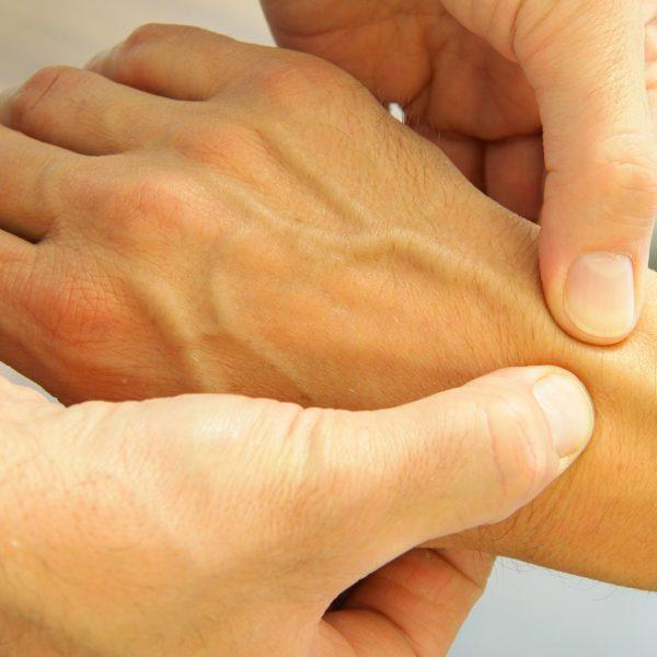 Handchirurgische Nachbehandlung bei Physio Schultheiß