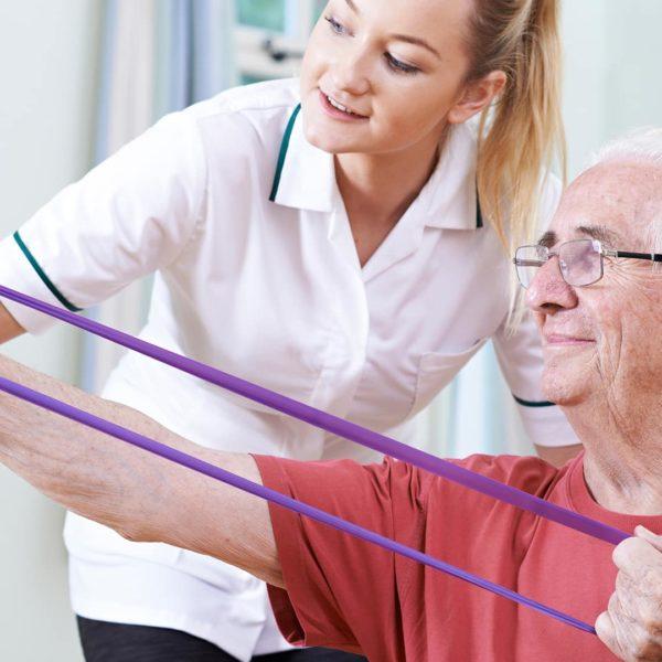 Neurologische Therapie - Übung mit Theraband