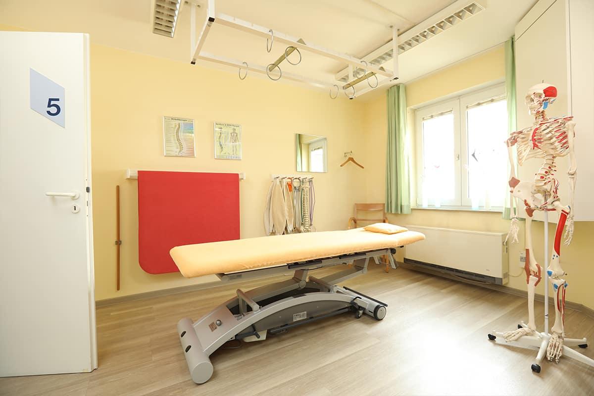 Behandlungsraum denzlinger Praxis für Physiotherapie Schultheiß