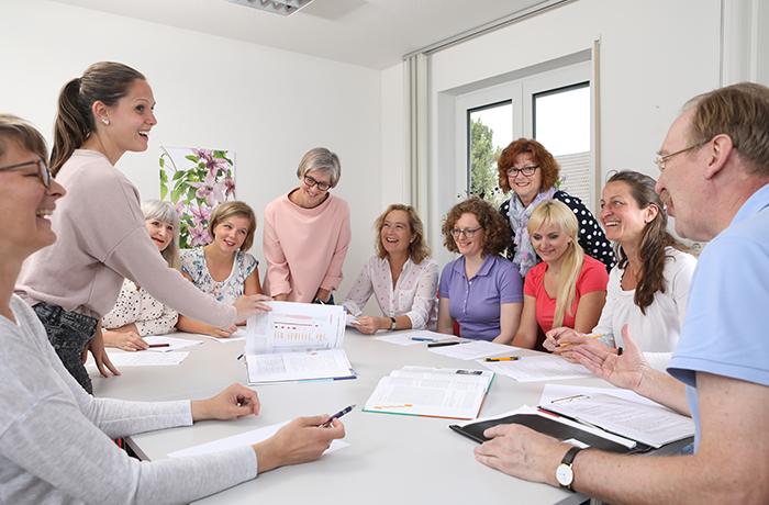 Besprechung des Teams der Physiotherapie Praxis Schultheiß